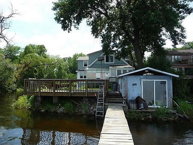 15 Lakeshore waterfront rental