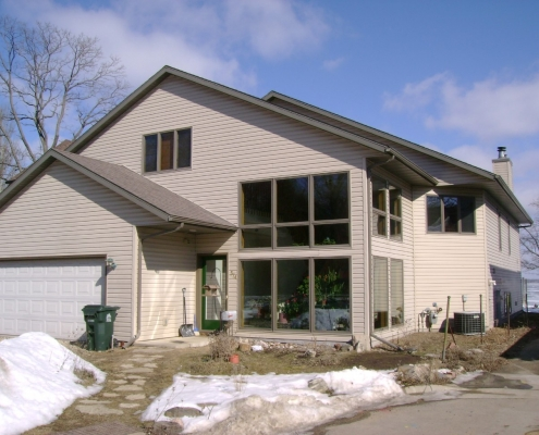 374-Lakeside House Rental